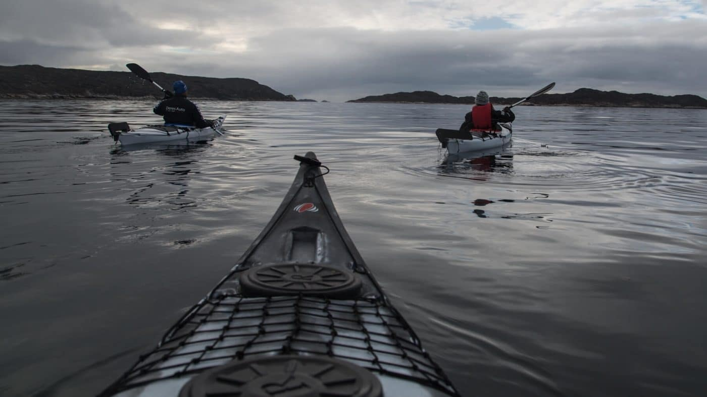 Kayaking around Aasiaat. Photo by Honest Greenland - Visit Greenland