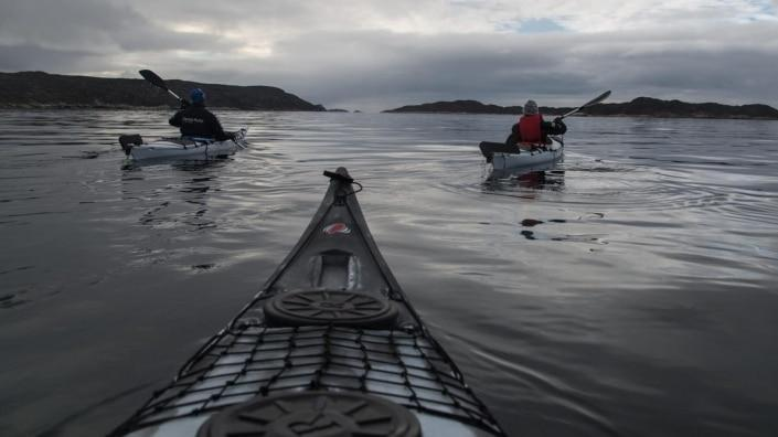 Kayaking around Aasiaat. Photo by Honest Greenland - Visit Greenland