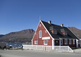 Overnat i den gamle handelsbestyrer bolig. Foto Henrik Kaarsholm – Hotel Disko Island, Visit Greenland