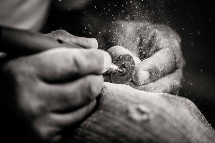 Crafting Inuit jewelry Ring. By Mads Pihl