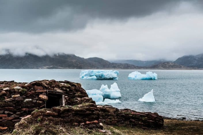 Inuit peat hut reconstruction. By Camilla Hylleberg