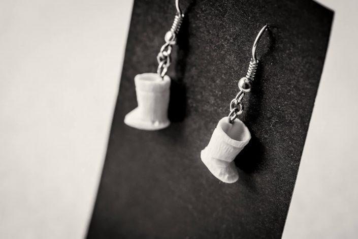 Kamik ear rings from Tasiilaq in East Greenland - by Mads Pihl