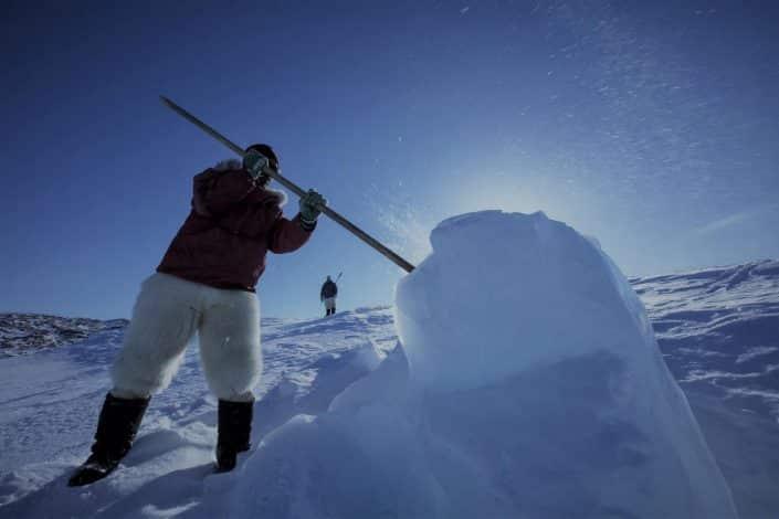 Fanger henter is Uummannaq Fjord Tours