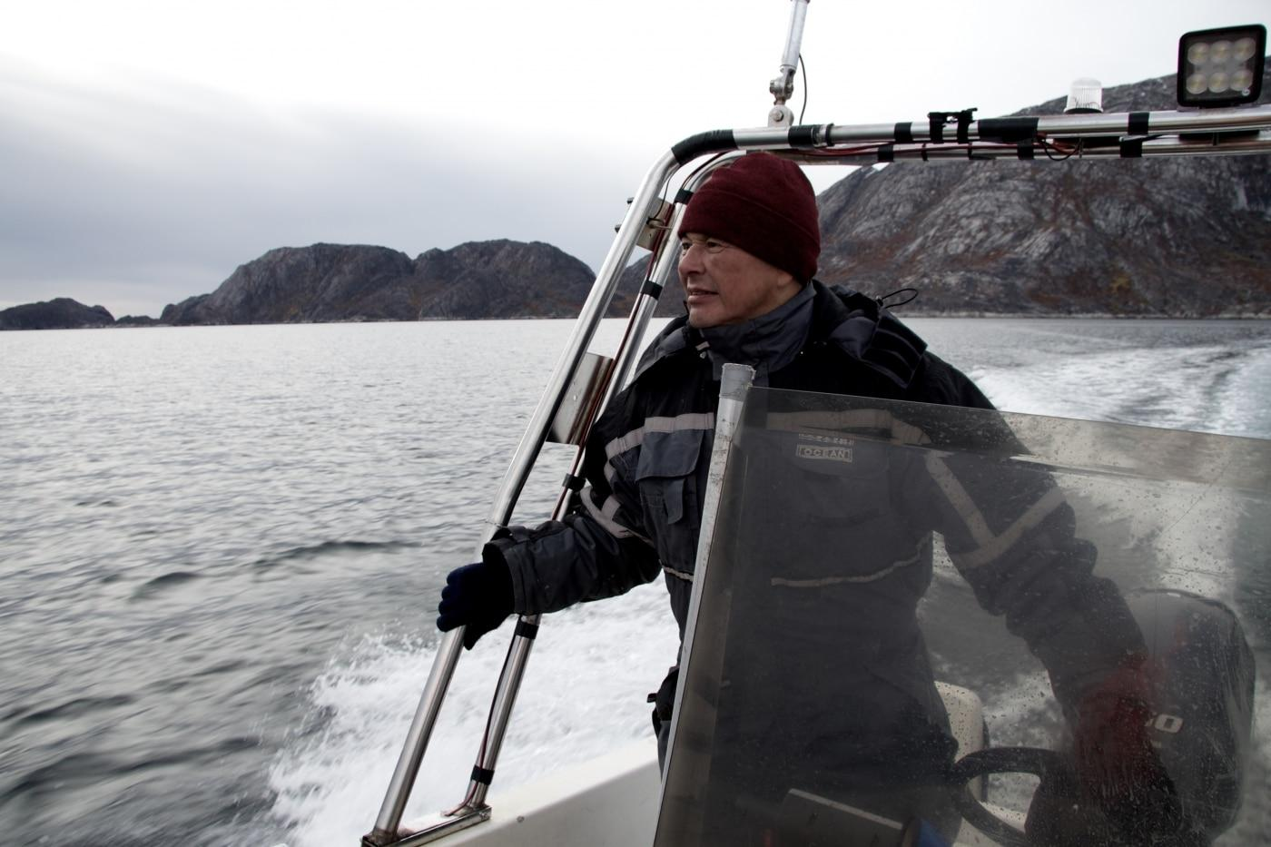 Leif Fontaine sailing a boat. Photo by West Greenland Wildlife – Visit Greenland