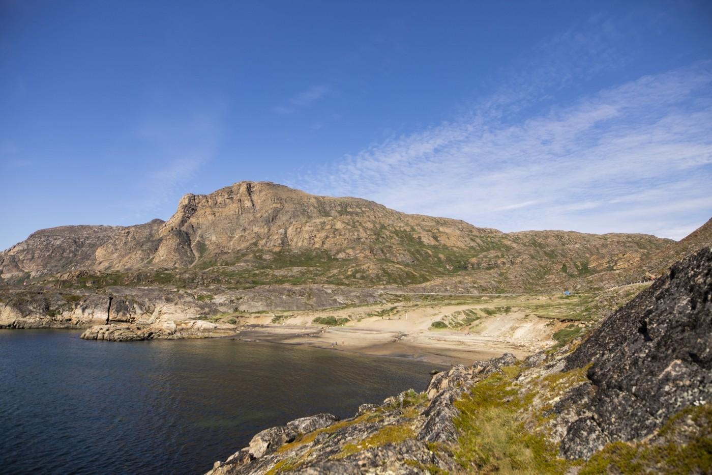 Sandy Beach in Sisimiut. Photo by Aningaaq R Carlsen - Visit Greenland