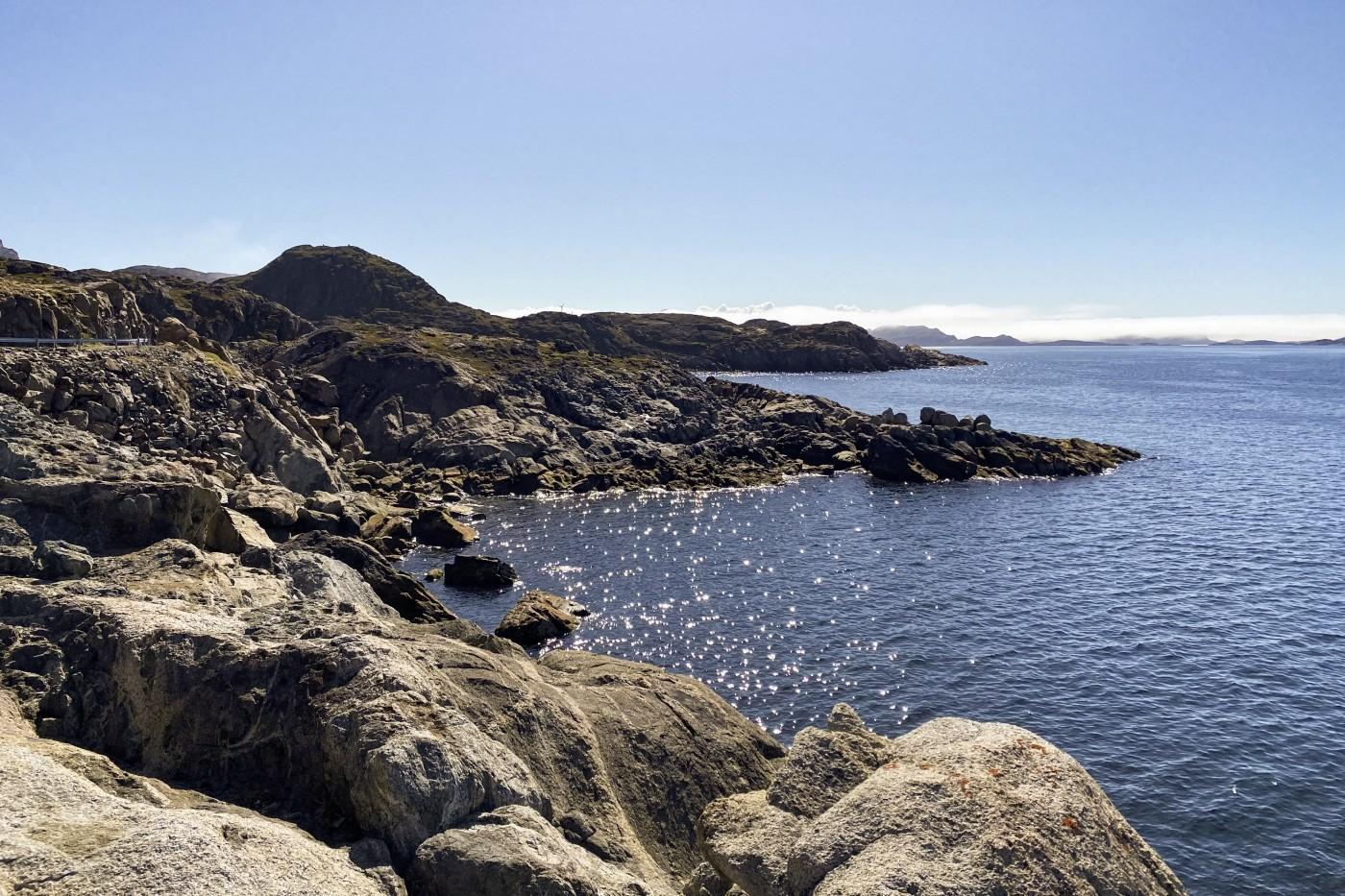 The area where billion year old rocks are in Sisimiut. Photo by Kim Insuk