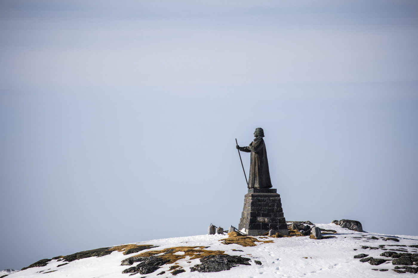 Hans Egede Statue in Nuuk. Photo by Aningaaq R. Carlsen - Visit Greenlnand.