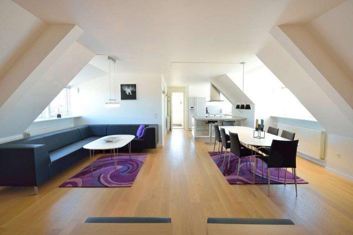 Penthouse hotel apartment in Ilulissat. Photo by Hotel Avannaa.