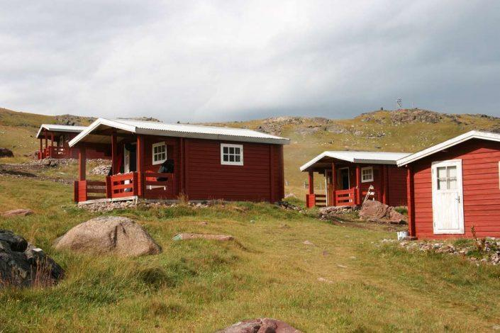 Igailku Country Hotel huts in South Greenland. Photo by Igaliku Country Hotel - Visit Greenland