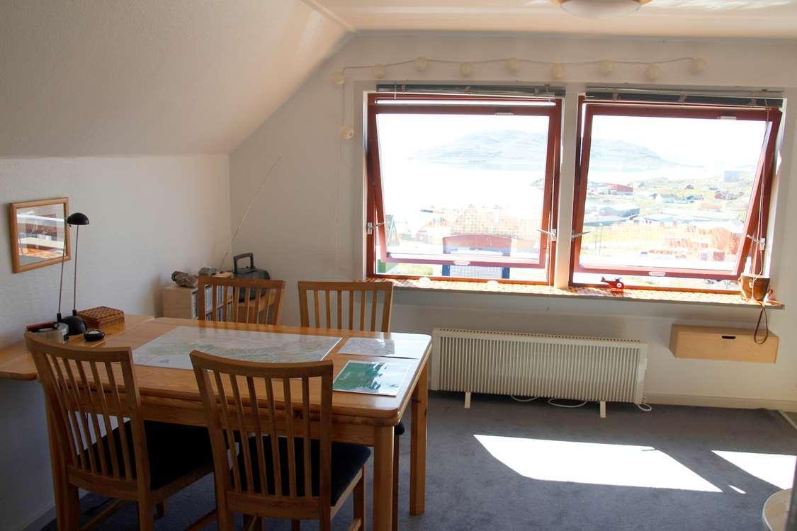 Dinner area inside Isikkivik house. Photo by Isikkivik