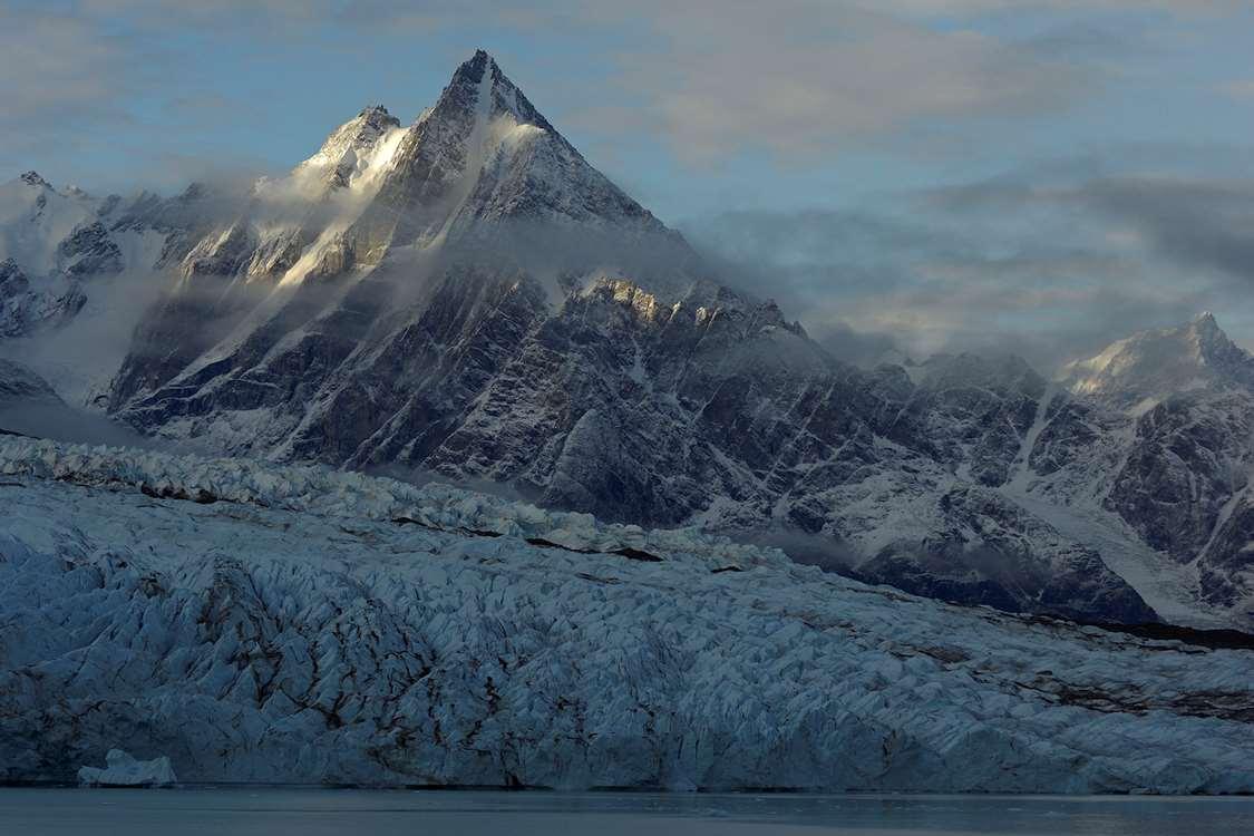 East Greenland glacier and mountains. Photo by Magnus Elander - Visit Greenland