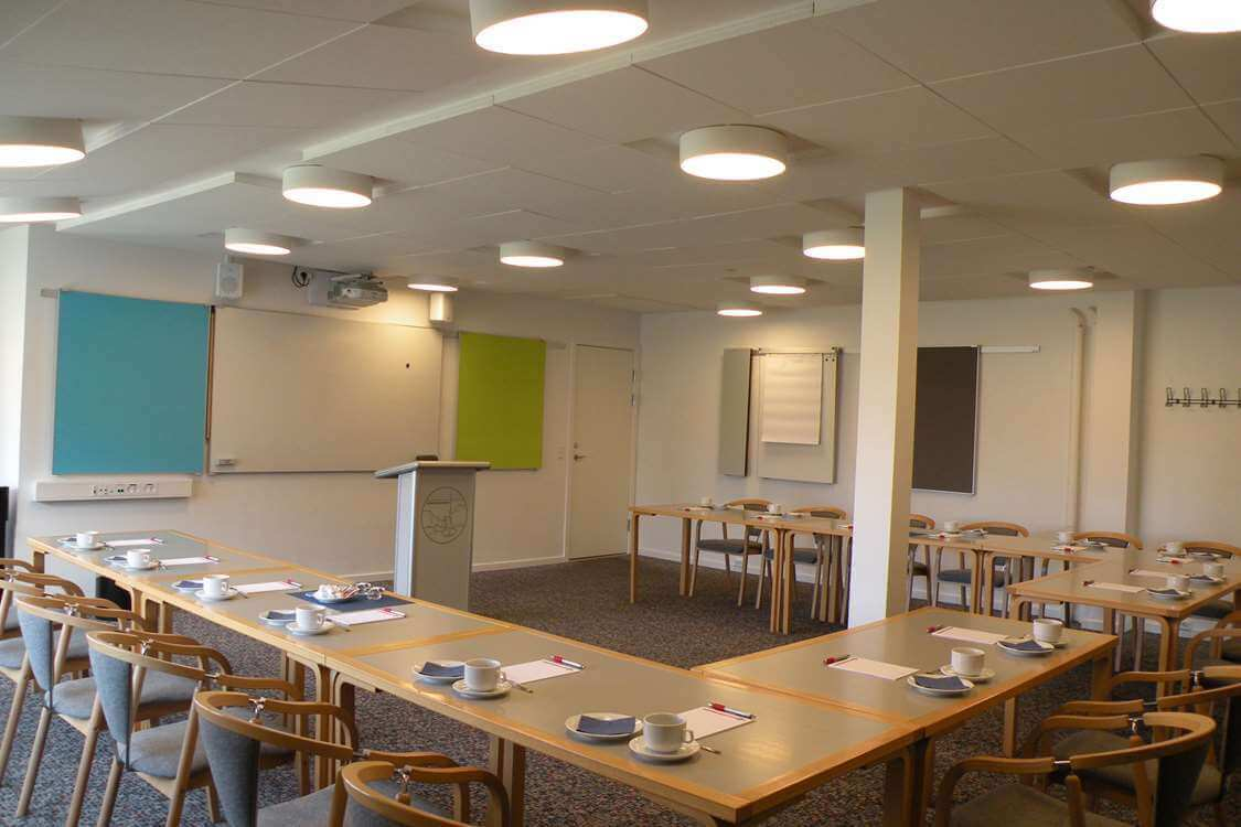 Conference room with space for 12-30 people. Photo by Hotel Sømandshjemmet, Visit Greenland