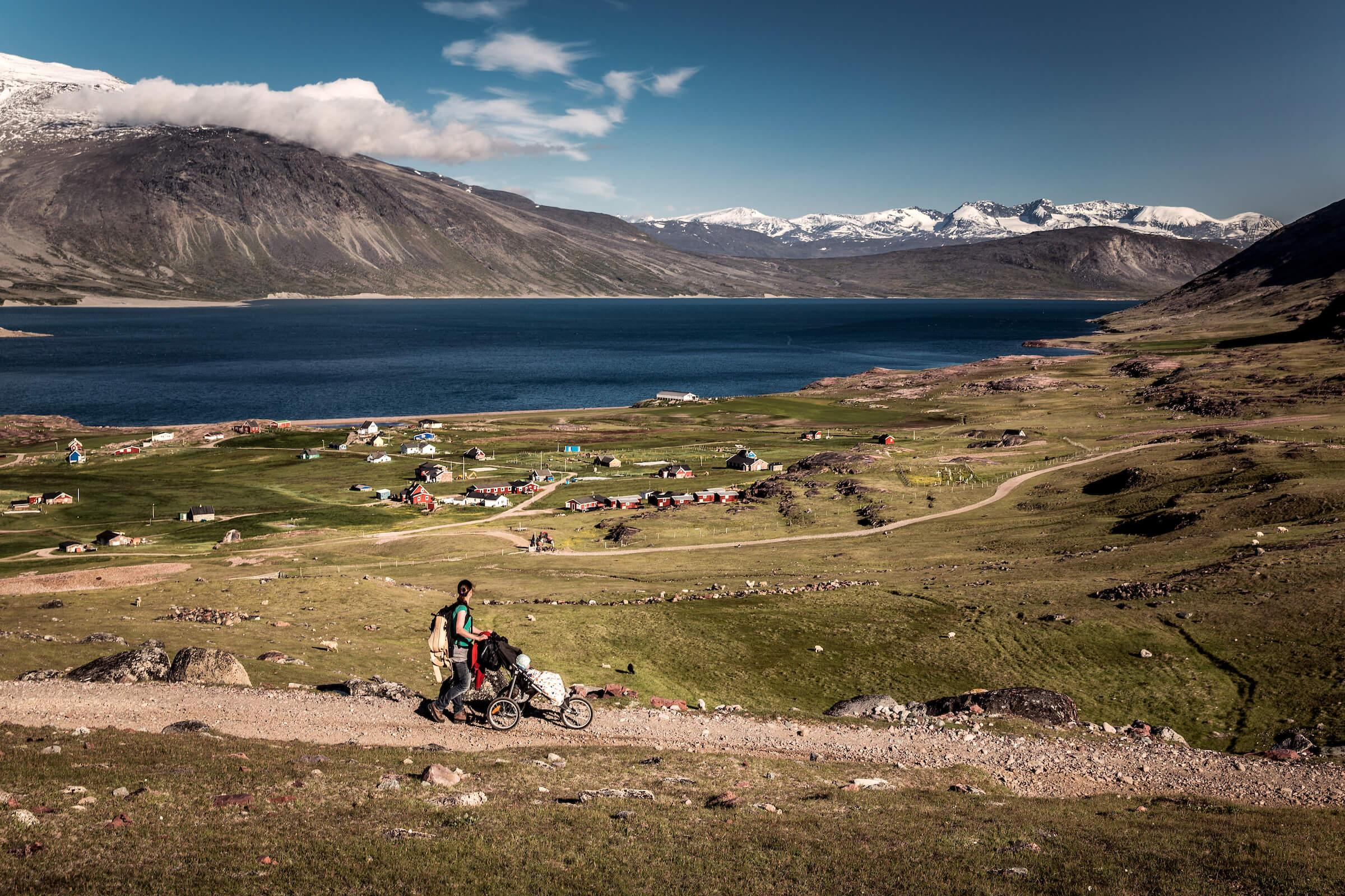 Walking towards Igaliku on the kings road in South Greenland. Photo by Mads Pihl
