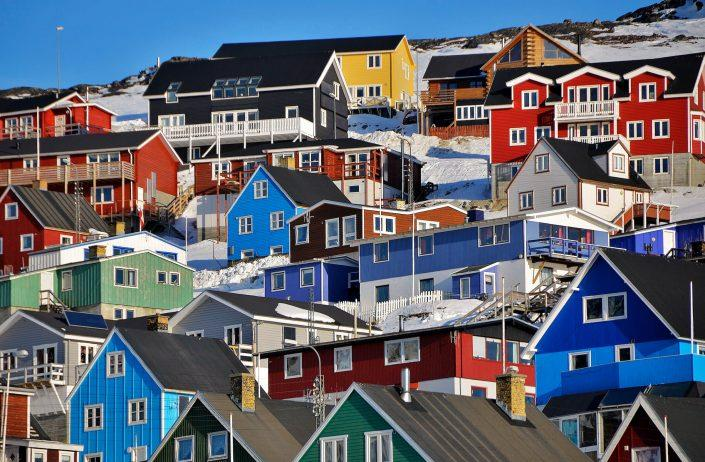 Colored houses in Qaqortoq. Photo by Mads Pihl.