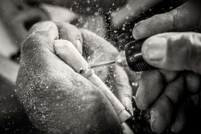 Crafting Inuit Jewelry figure. By Mads Pihl