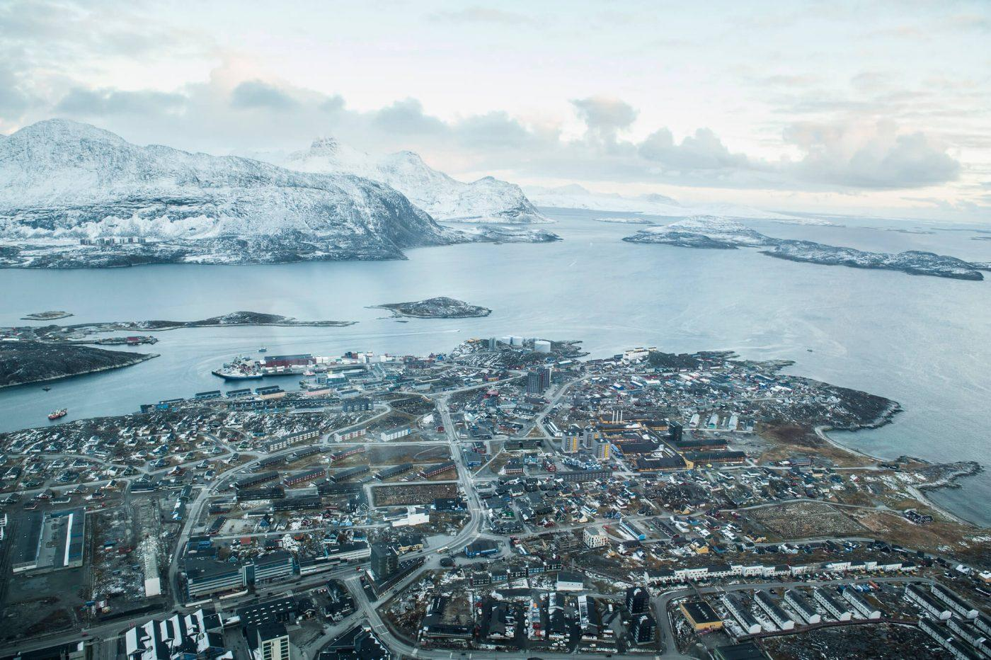 Nuuk in Autumn seen from plane. By Camilla Hylleberg