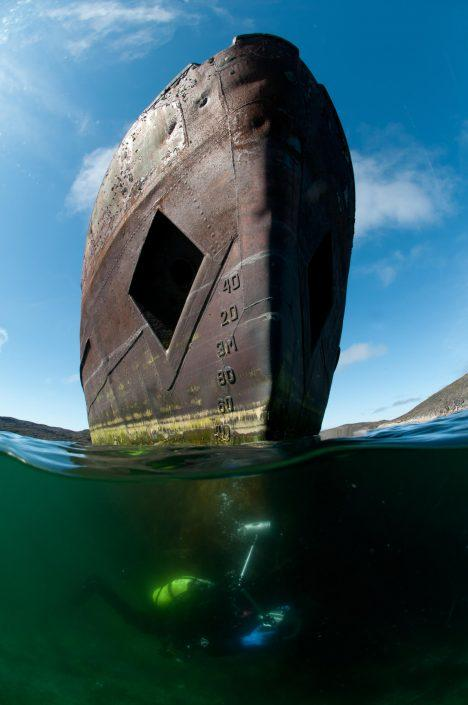 Front of a ship from diver's perspective. Photo by Morten Beier.