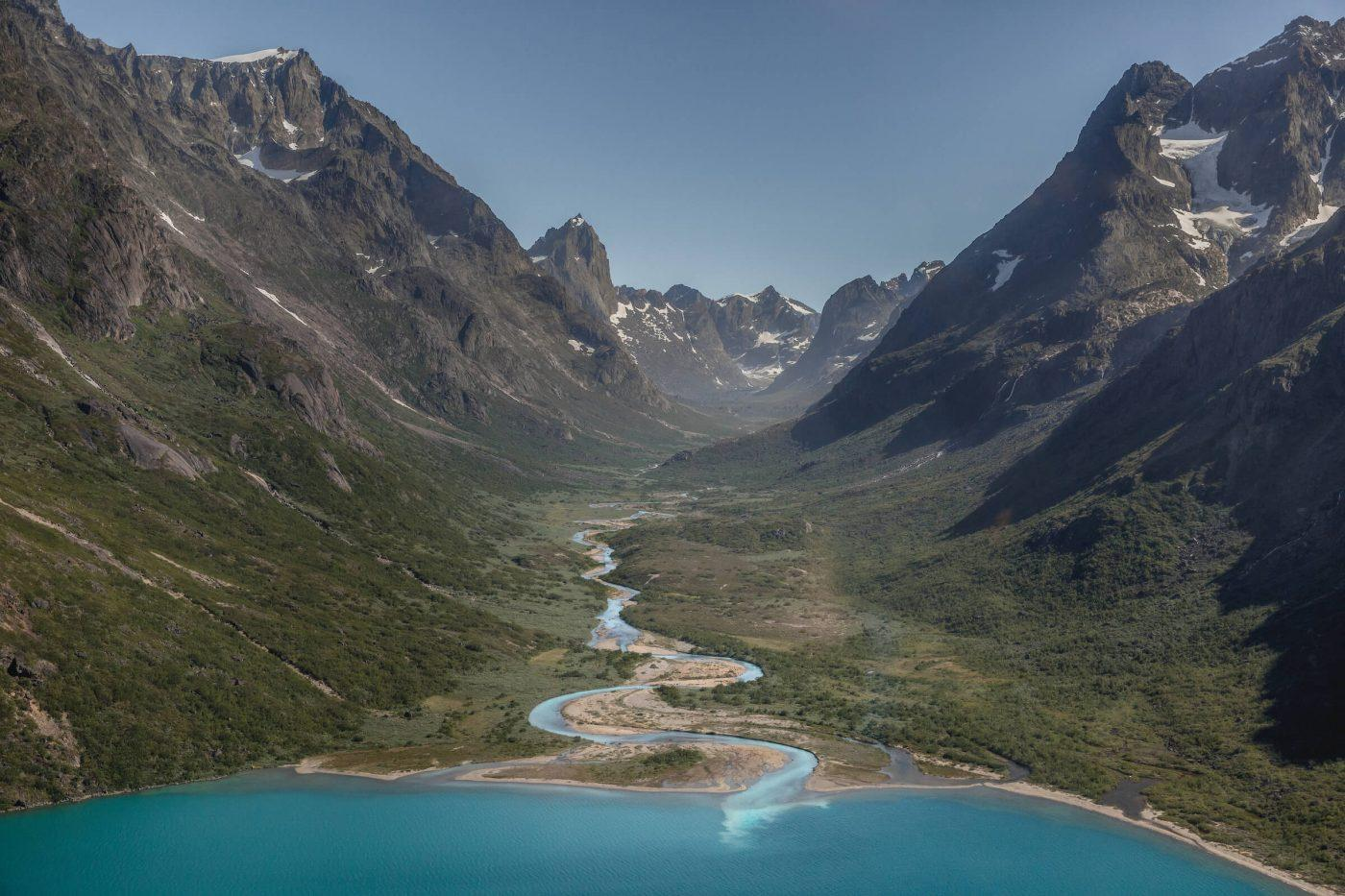 The Qingua valley and the river running into the almost fjord-like Tasersuaq lake near Nanortalik in South Greenland. Photo by Mads Pihl.