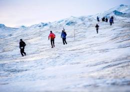 polar circle marathon runners icecap