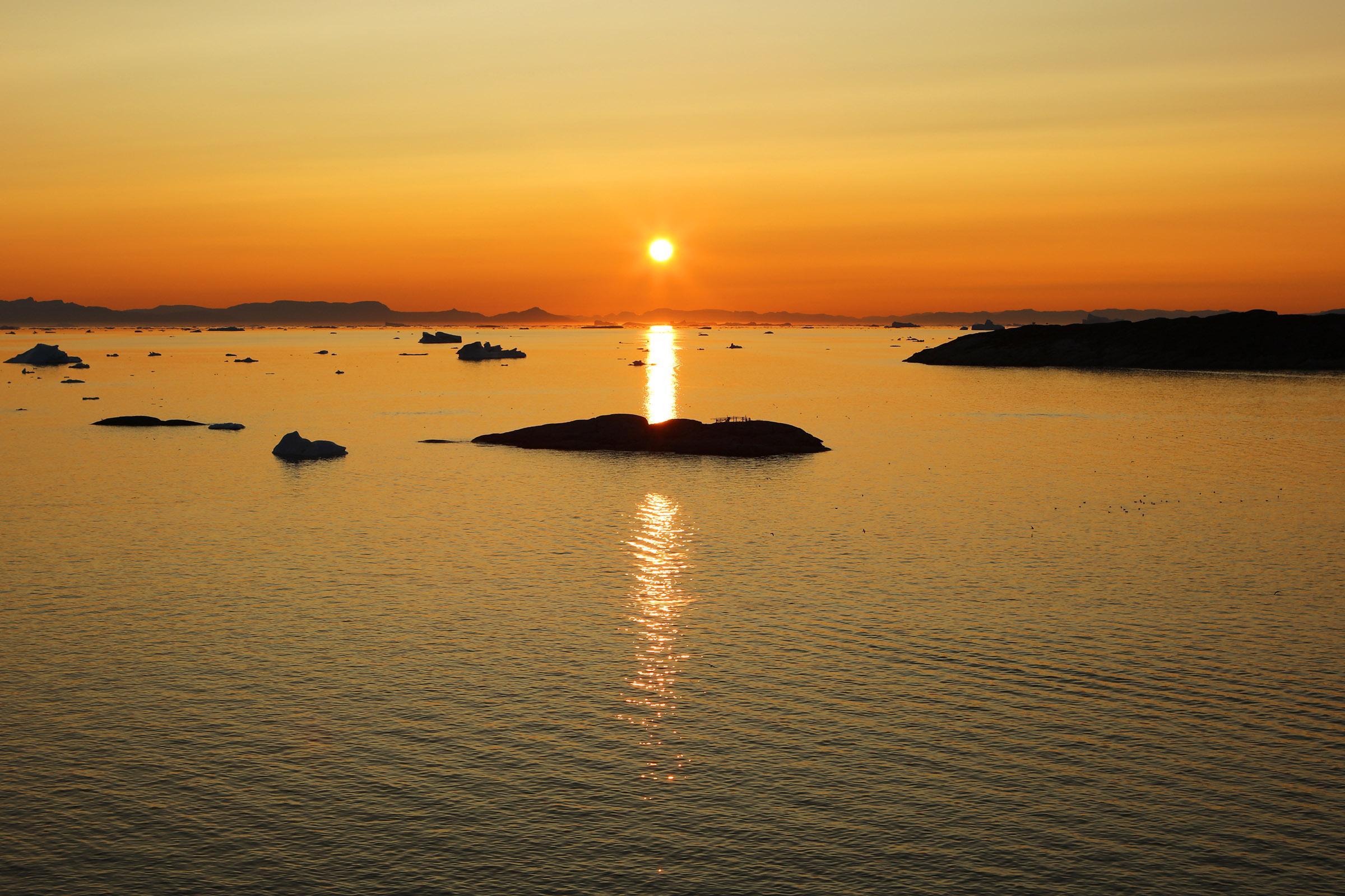 Midnight sun in Greenland. Photo by Jurga Rubinovaite.