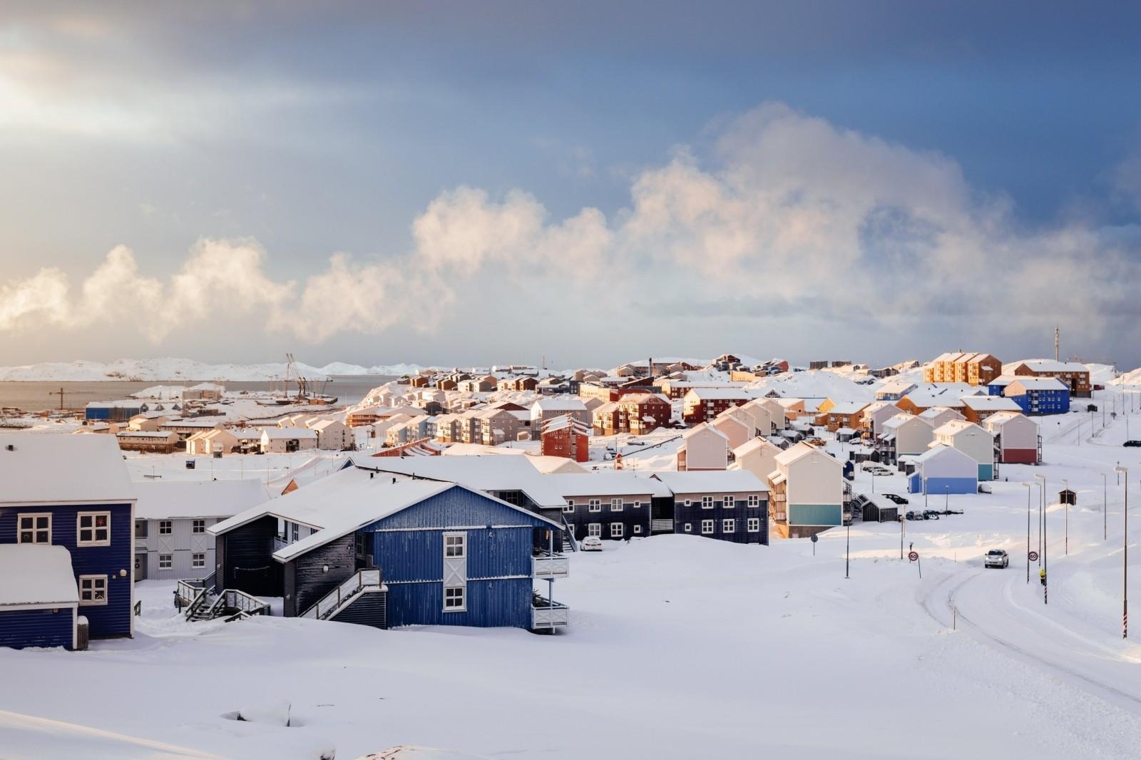 Before-Sunrise over Nussuaq in Nuuk