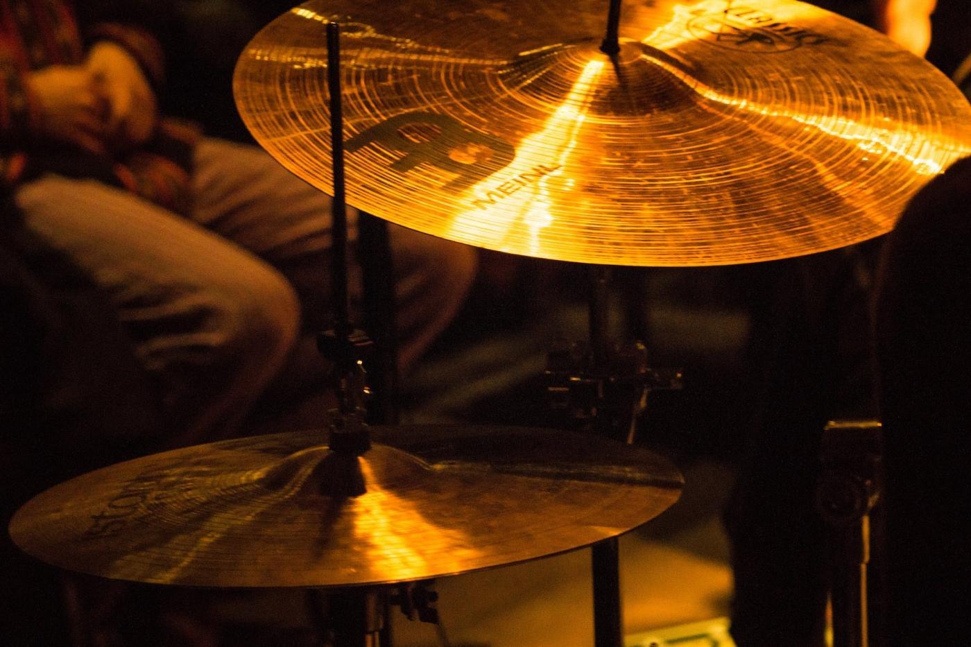 Concert at Takuss Bar. Photo by Stine Selmer Andersen - Visit Greenland