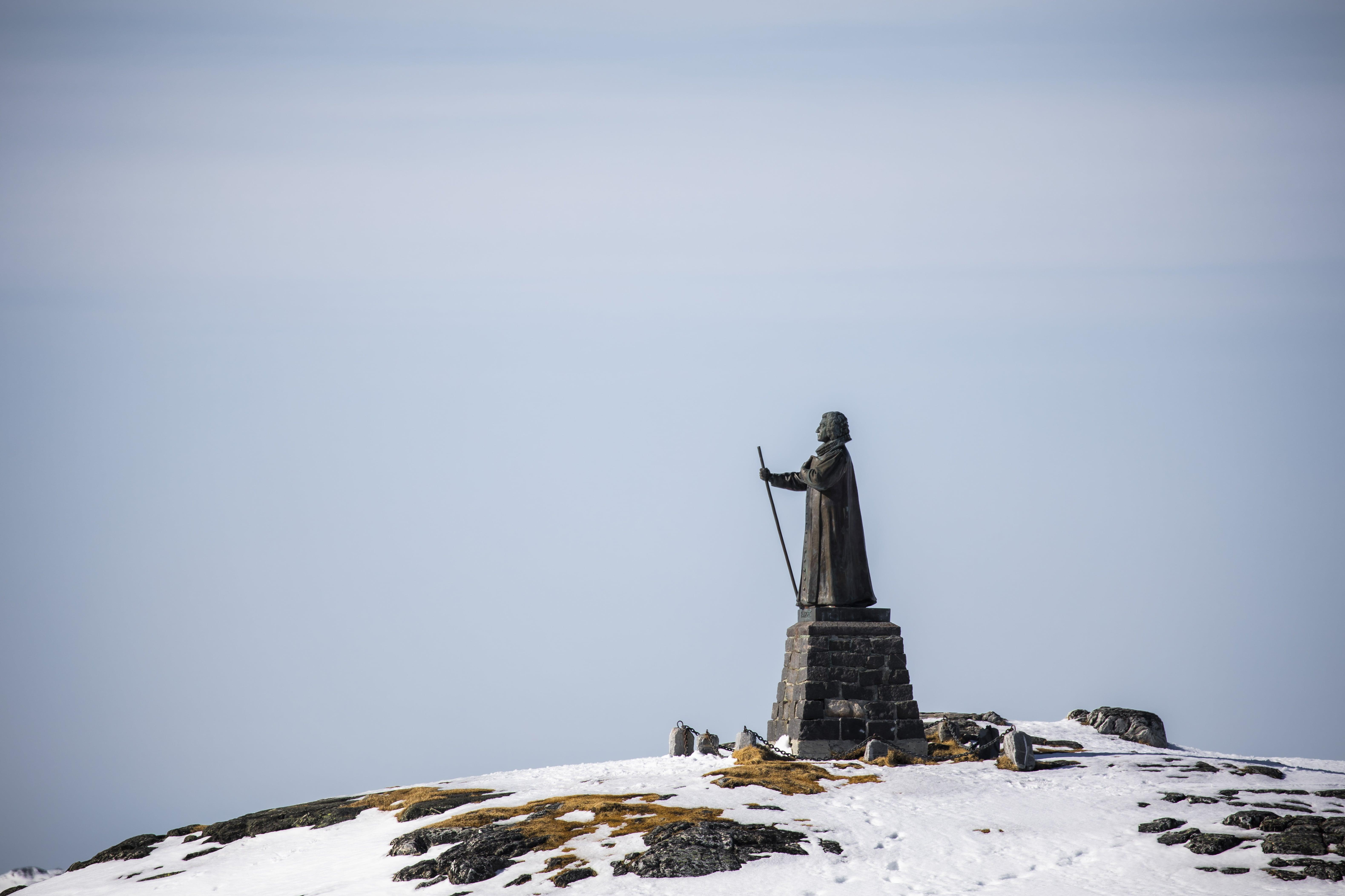 Hans Egede Statue in Nuuk. Photo by Aningaaq R. Carlsen.