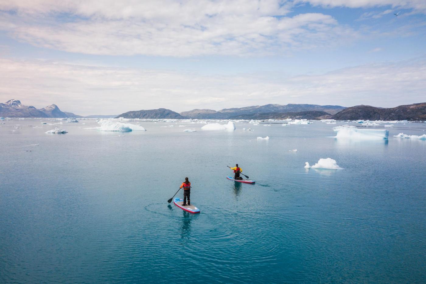 SUP with Nuuk Adventure. Photo - Aningaaq R. Carlsen, Visit Greenland