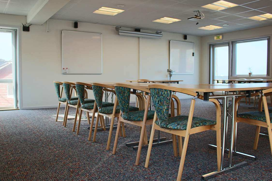 Conference room and private terrace with view over the sea. Photo by Aasiaat Sømandshjem, Visit Greenland