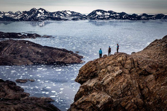 Hikers on Sømandsfjeldet near Tasiilaq in East Greenland