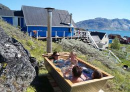 Outside bathtub at Isikkivik in Narsaq, South Greenland. Photo by Isikkivik