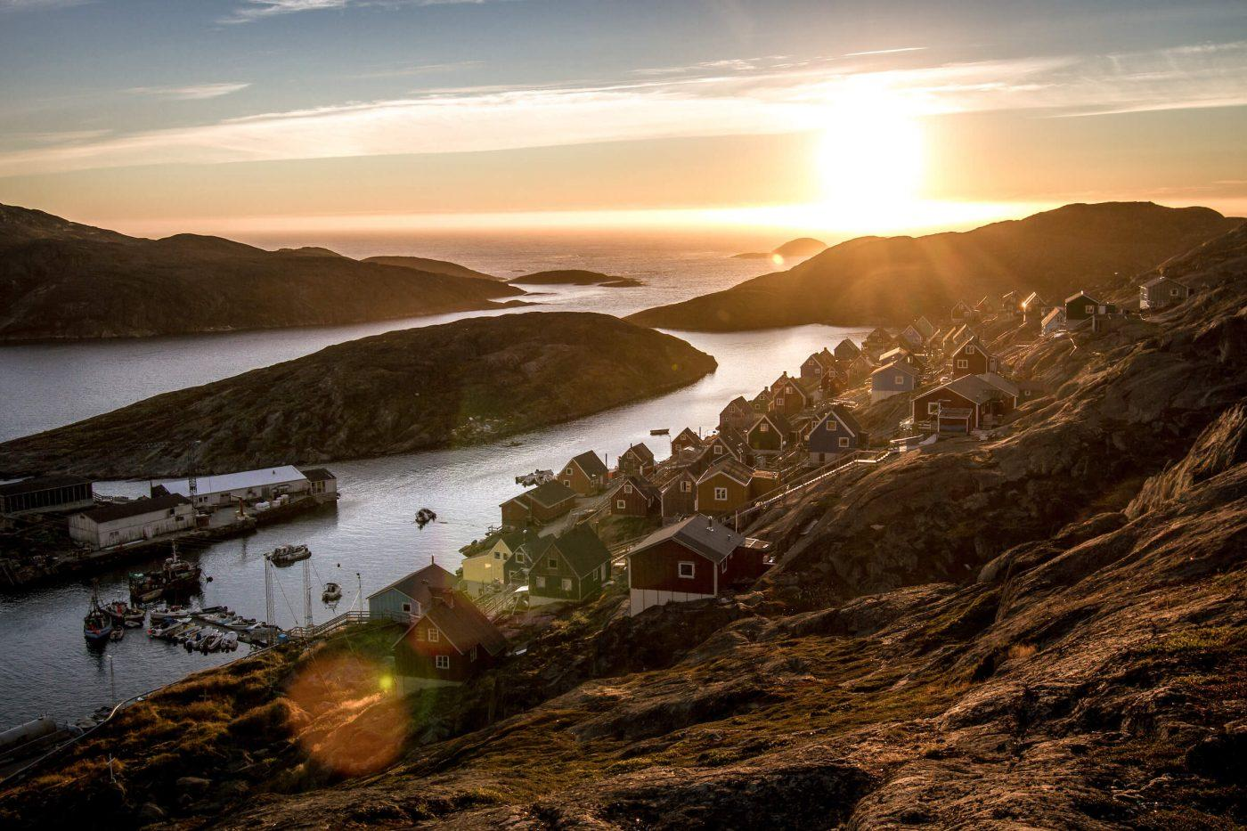 Kangaamiut in Greenland at sunset. Photo by Mads Pihl 2