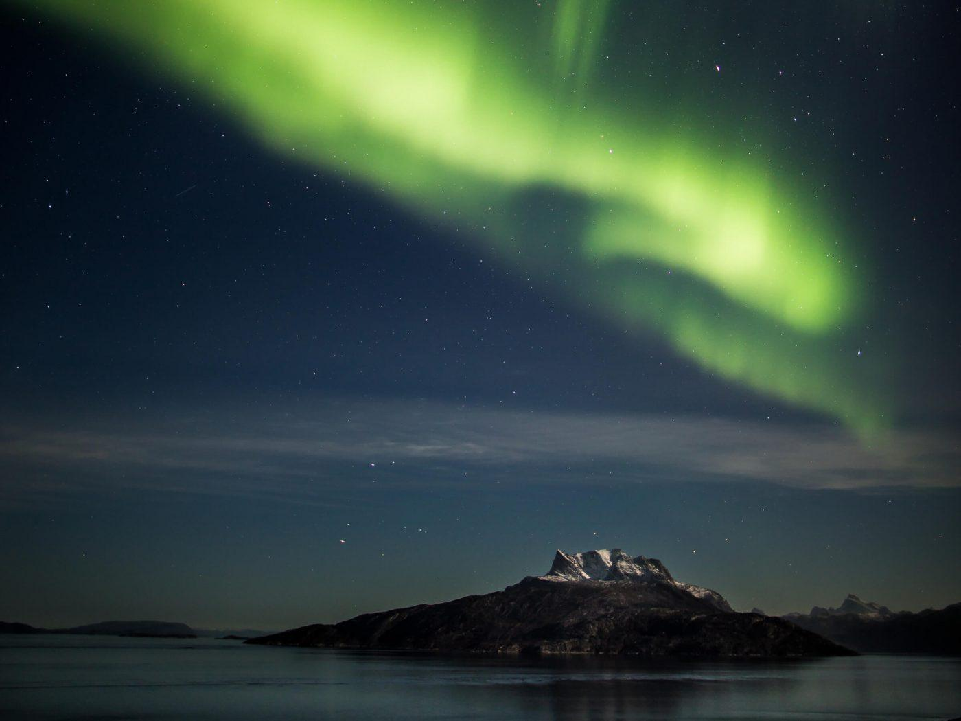 Northern light over Sermitsiaq mountain, Nuuk, by Mads Pihl