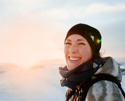 Portrait of a female tourist in Nuuk in Greenland. By Rebecca Gustafsson