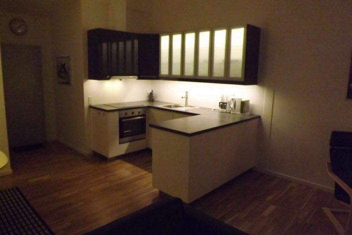 Open kitchen with kitchen appliances. Photo by Sydbo, Visit Greenland