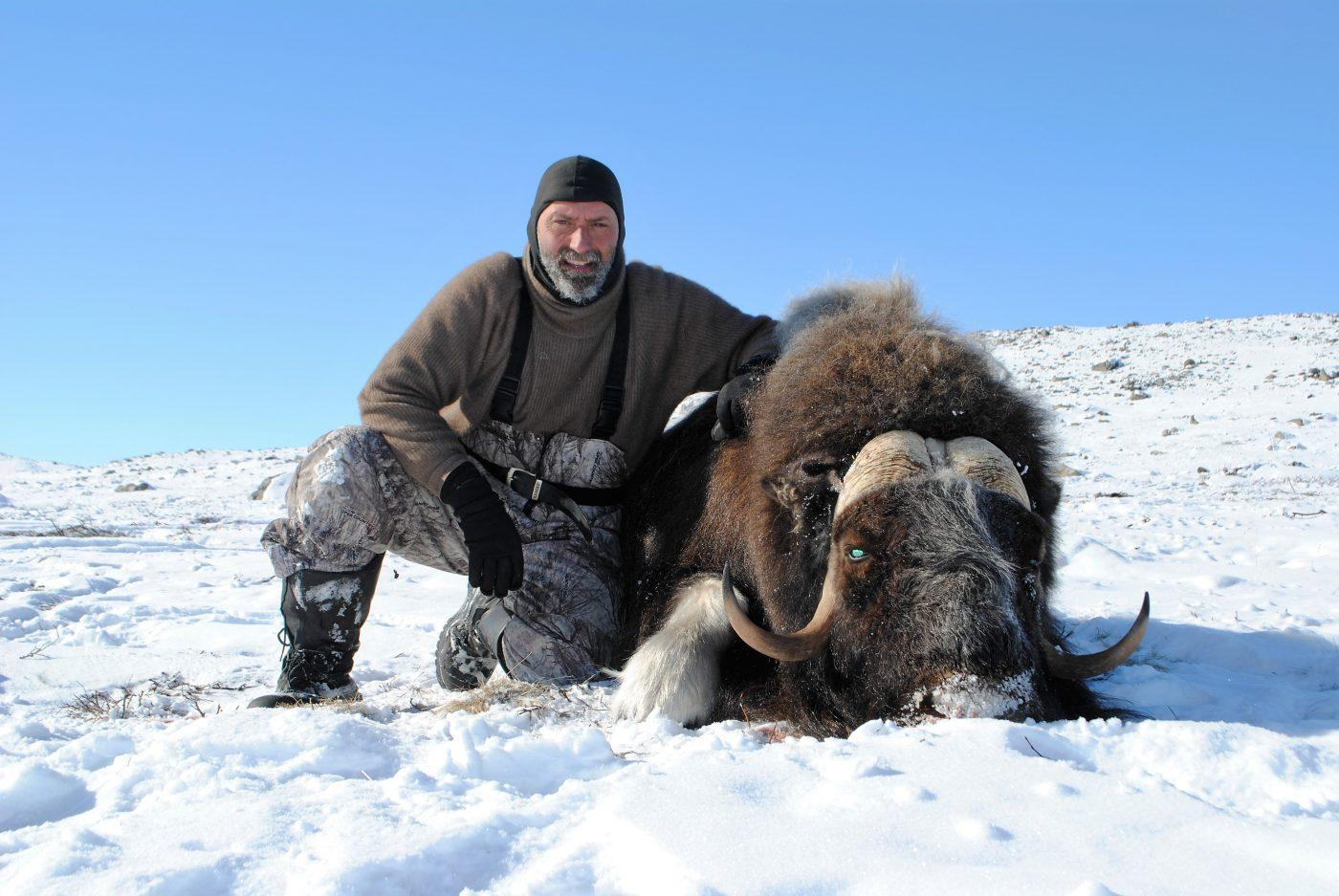 "North Safari Outfitters: ""The Arctic Five"" Winter hunt"