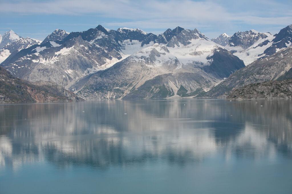 Glacier Bay Alaska. Photo by Tommy Wong