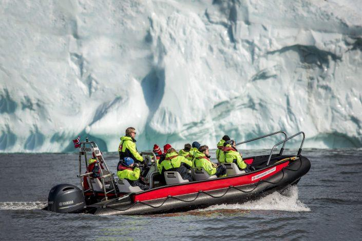 Ice cruising with MS Fram guests near Qeqertarsuaq in Greenland. Photo by Mads Pihl.