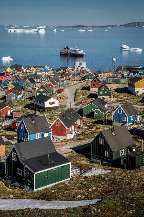 MS Fram outside Upernavik in Greenland. Photo by Mads Pihl.