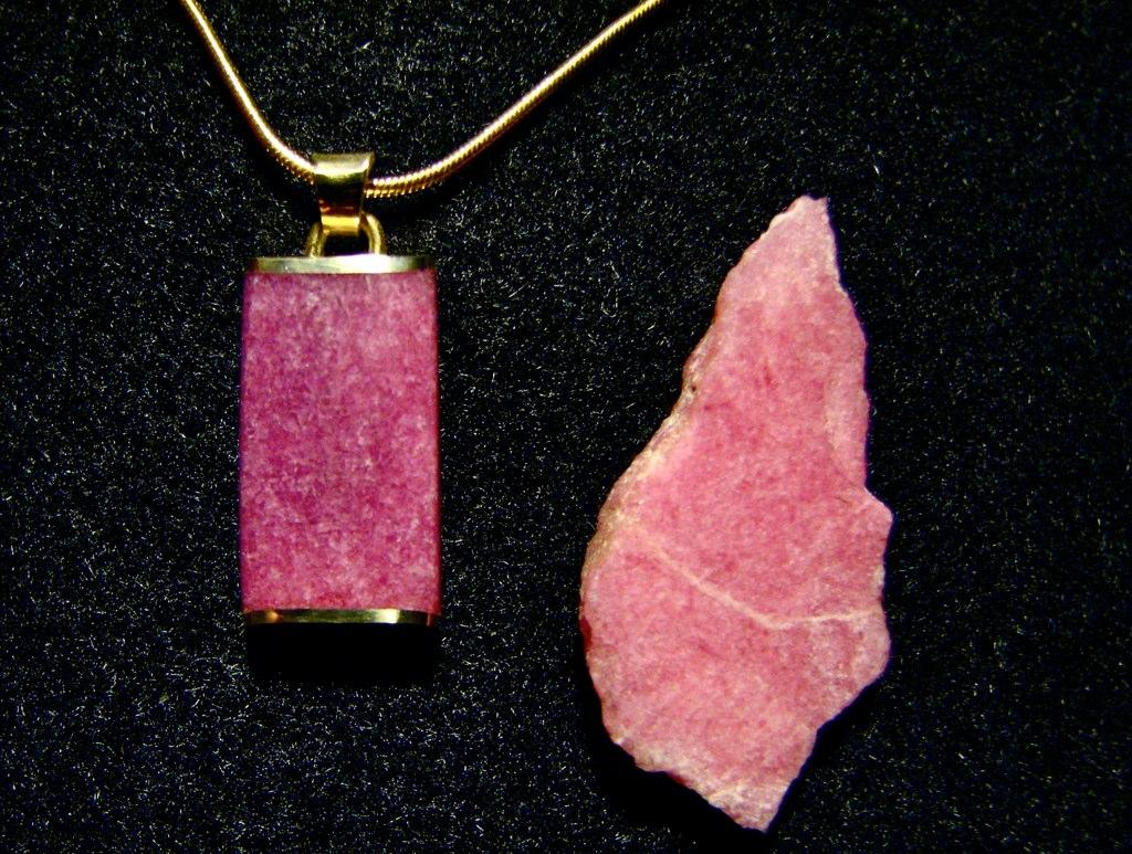 Jewelry made of Greenlandic Tugtupite jem stone - by Jessa and Mark Anderson