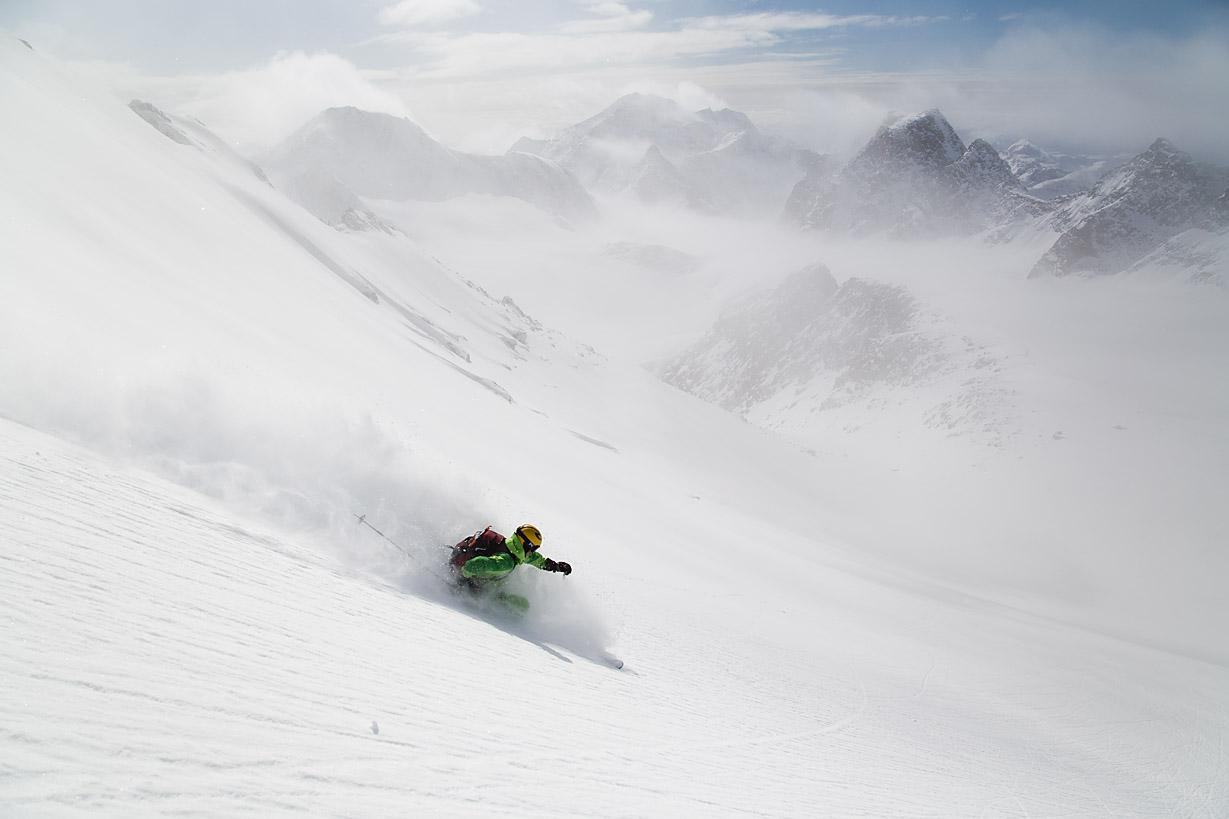 An Eternity of ski touring. Photo by Fredrik Schenholm.