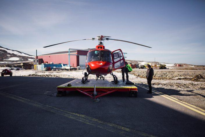 Air Greenland's helicopter gets ready to take off at Nuuk Airport. Photo by Filip Gielda