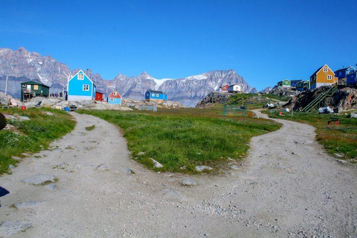 Settlement walk Uummannaq Fjord Tours