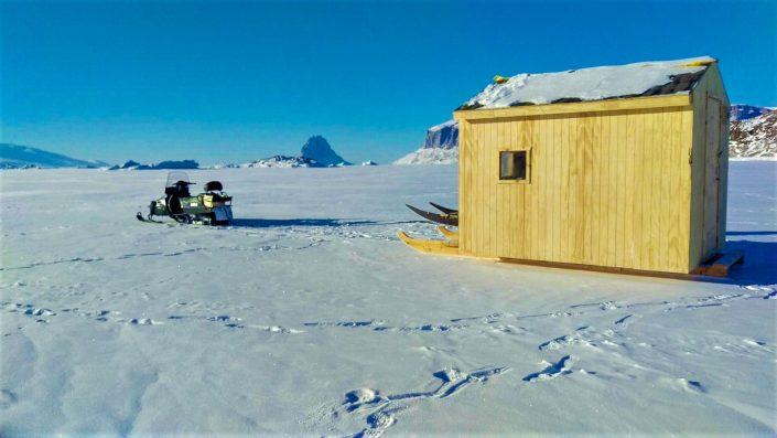 Sled hut Uummannaq Fjord Tours
