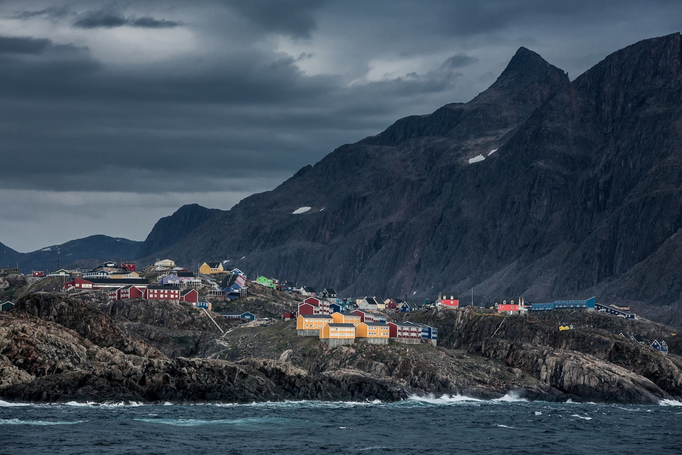 A windy and cloudy day in Sisimiut in Greenland. By Mads Pihl