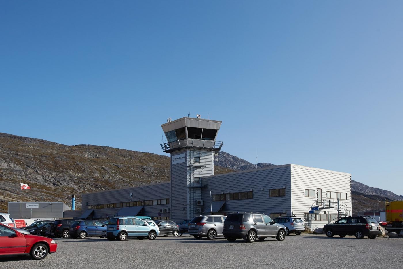 Airoprt Nuuk - Peter Lindstrom - Visit Greenland