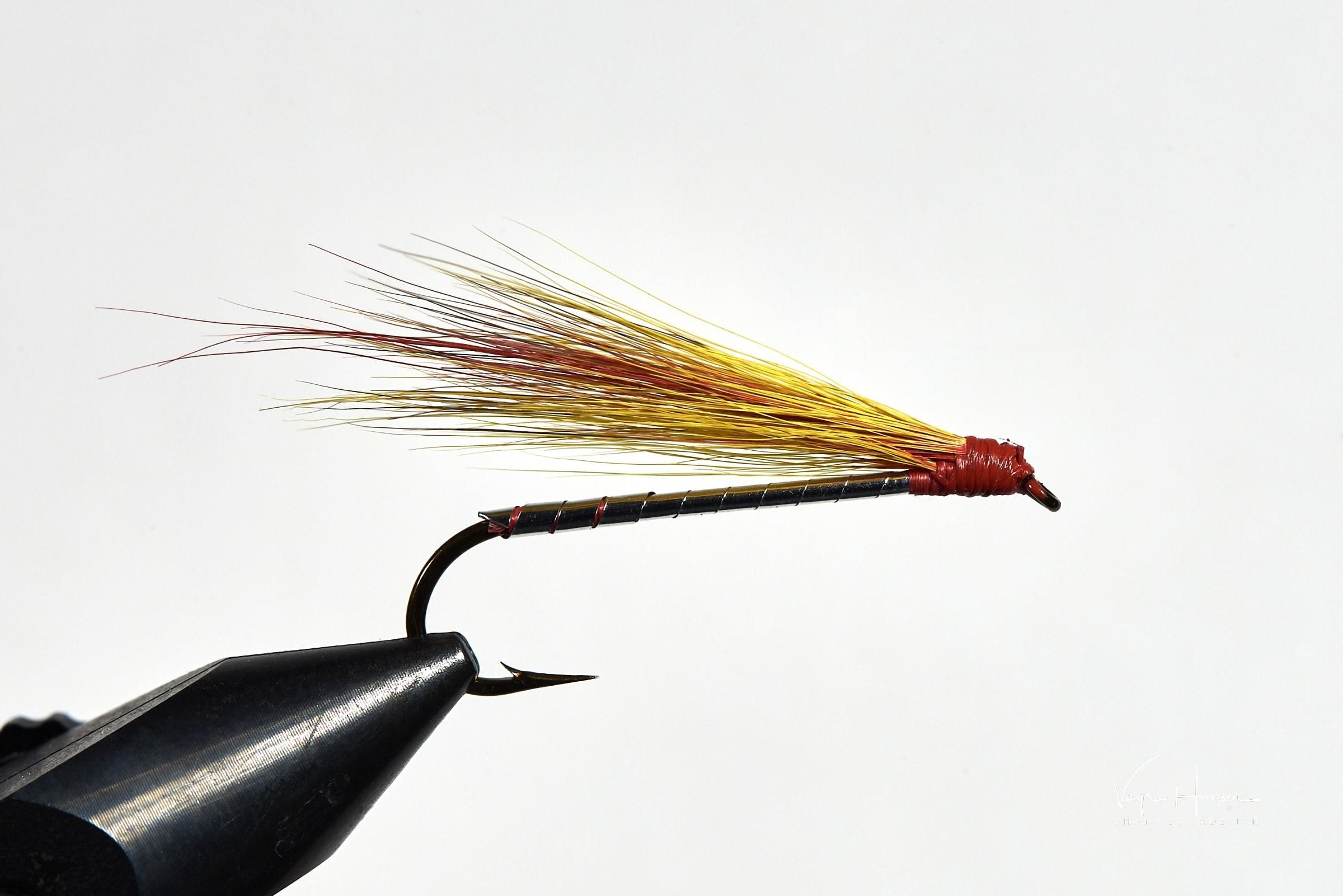Mickey Finn fishy fly. Photo by Vagn Hansen - Visit Greenland