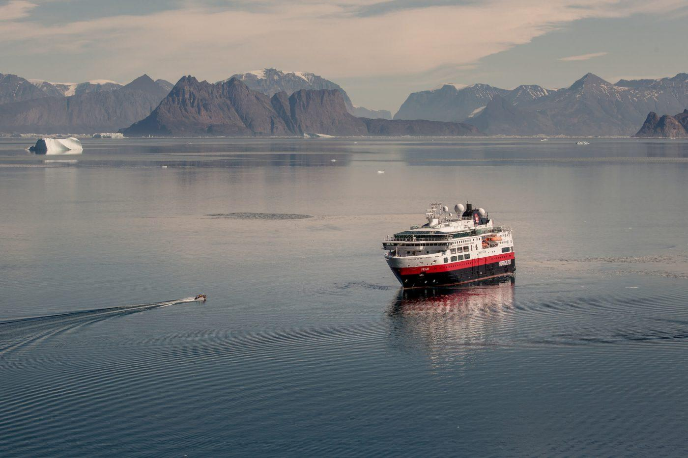 A tender boat approaching Hurtigruten's MS Fram near Illorsuit in North Greenland. By Mads Pihl