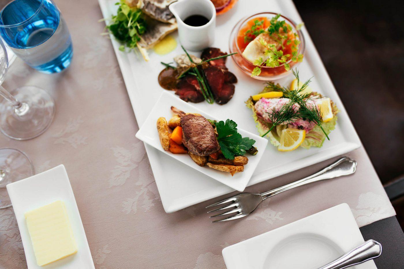 Greenlandic food plate from restaurant Sarfalik in Nuuk, Greenland, by Rebecca