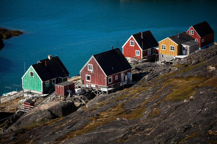 Houses in Kangaamiut in Greenland. Photo by Mads Pihl
